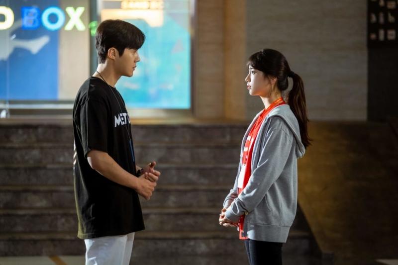 '3 đời nhà họ Han' của màn ảnh Hàn bị giày vò không thương tiếc, thì ra do bị 'chàng hậu' Mr.Queen 'nguyền rủa' 6