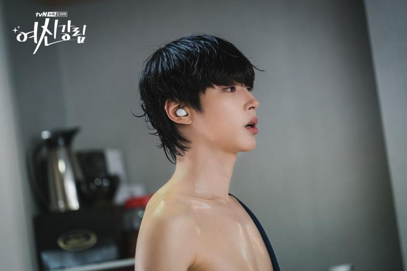 '3 đời nhà họ Han' của màn ảnh Hàn bị giày vò không thương tiếc, thì ra do bị 'chàng hậu' Mr.Queen 'nguyền rủa' 7