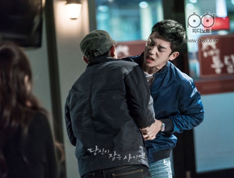 '3 đời nhà họ Han' của màn ảnh Hàn bị giày vò không thương tiếc, thì ra do bị 'chàng hậu' Mr.Queen 'nguyền rủa' 4