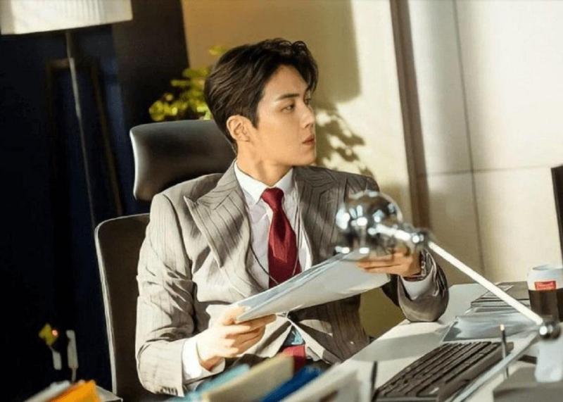 '3 đời nhà họ Han' của màn ảnh Hàn bị giày vò không thương tiếc, thì ra do bị 'chàng hậu' Mr.Queen 'nguyền rủa' 5