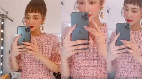 Cảm thấy chưa đủ gầy, Nhã Phương còn chỉnh ảnh méo cả điện thoại khiến netizen phát hoảng