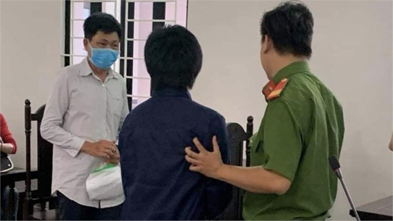 Người cha bạo hành dã man con trai 4 tháng tuổi ở TP.HCM nhận án tù giam 6 năm 6 tháng