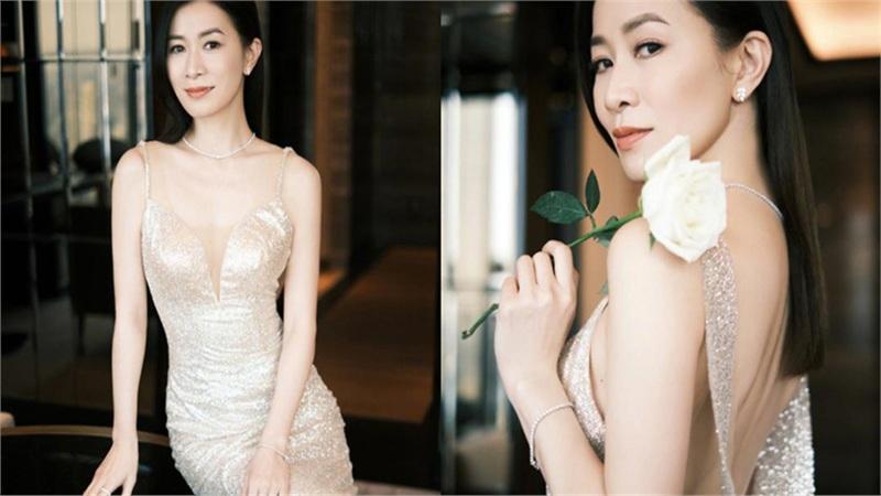 Xa Thi Mạn đẹp mơ màng trong bộ váy hở lưng khoe 3 vòng quyến rũ trước ống kính