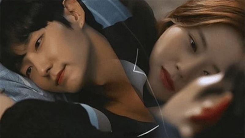 Hậu kết phim 'Flower of evil', Lee Joon Ki hết lời khen ngợi Moon Chae Won