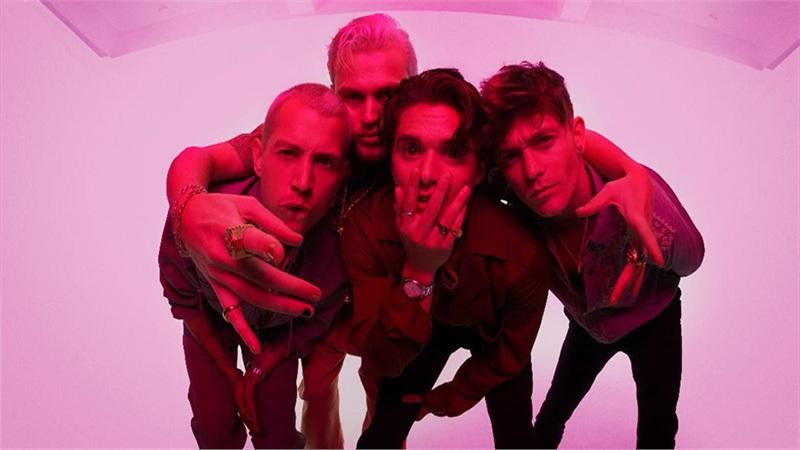 The Vamps trở lại với album 'Cherry Blossom' sau một năm vắng bóng
