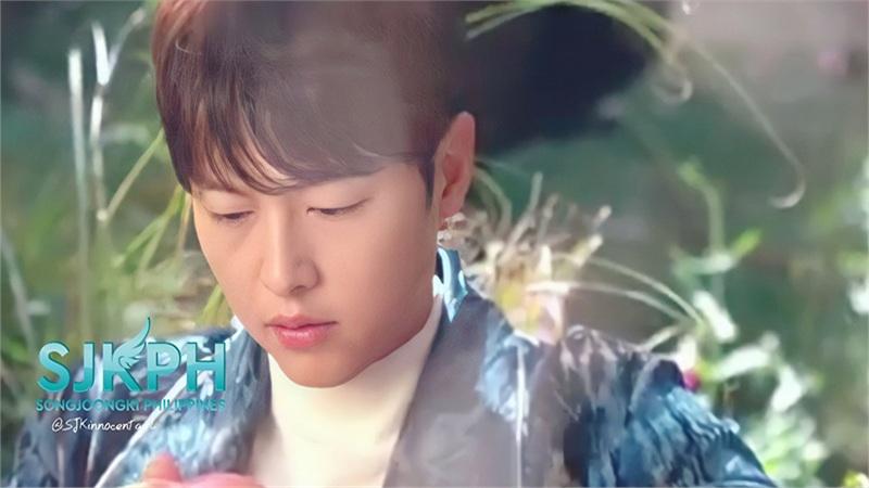 Song Joong Ki lộ nhan sắc thật trong video hậu trường chưa chỉnh sửa, liệu có gây thất vọng?