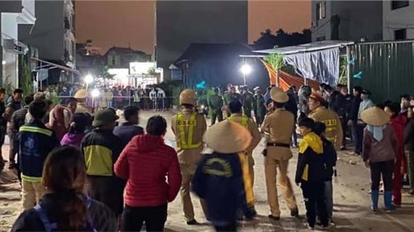 Hé lộ nguyên nhân chồng sát hại vợ giữa chợ ở Hưng Yên
