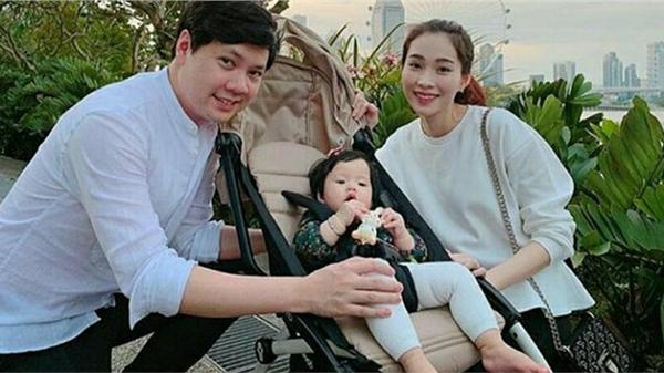 Đặng Thu Thảo tiết lộ hình ảnh 'mẹ bỉm sữa' khi ở nhà khác hẳn dáng vẻ 'thần tiên tỷ tỷ'