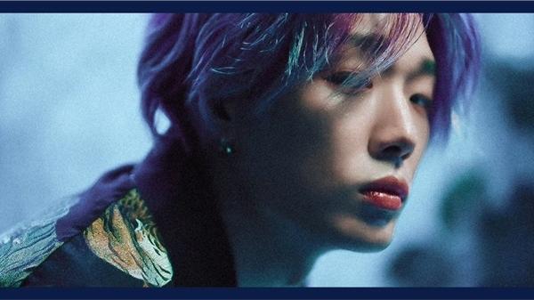 Bobby (iKON) nhá hàng sản phẩm solo mới, tận dụng 'cây nhà lá vườn'