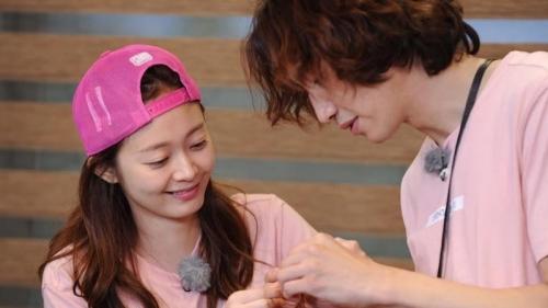 Jeon So Min nghỉ bệnh, Running Man ngừng quay, fan bức xúc hỏi: Sao lúc Lee Kwang Soo bị chấn thương không nghỉ?