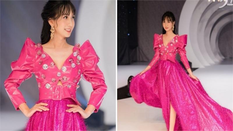 Lynk Lee lần đầu tiên làm người mẫu catwalk sau khi chuyển giới: 'Linh hạnh phúc trong những bộ đầm con gái'