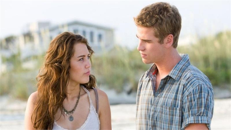 Trao 'lần đầu' cho người này năm 16 tuổi nhưng Miley Cyrus không dám nói thật vì sợ bị xem là 'kẻ thua cuộc'