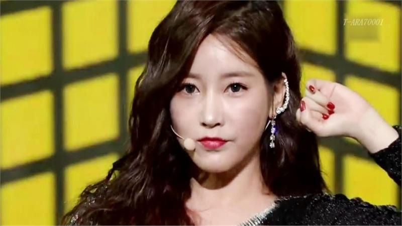 Soyeon từng bị trầm cảm sau scandal bắt nạt nhưng không dám dùng thuốc điều trị vì lý do xót xa