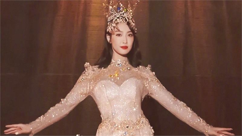 Tống Thiến làm Nữ Thần Kim Ưng nhưng 'ê chề' vì bị chê béo và 'phèn'