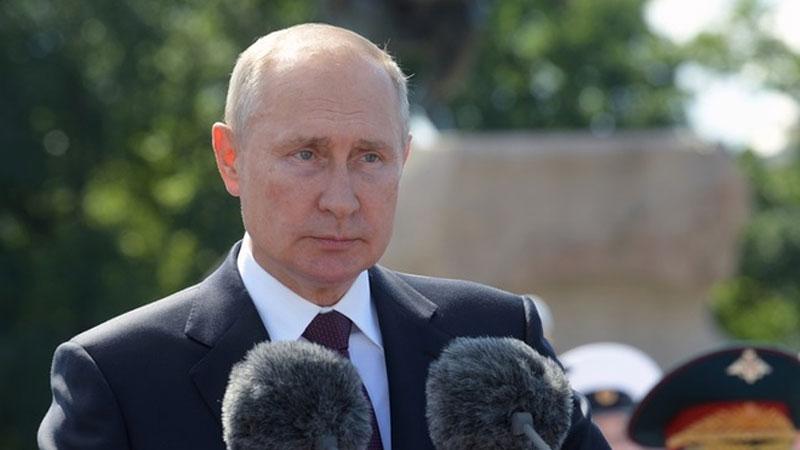 Nóng: Nga sản xuất hàng loạt vaccine Covid-19 đầu tiên trên thế giới