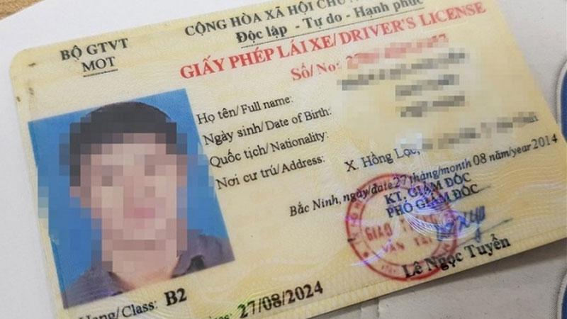 Bộ Công an đề xuất rút thời hạn giấy phép lái xe còn 5 năm: Các chuyên gia nói gì?