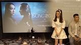 Nhã Phương khóc nức nở, xin lỗi mọi người vì tới trễ 2 tiếng ở họp báo phim 'Song Song'