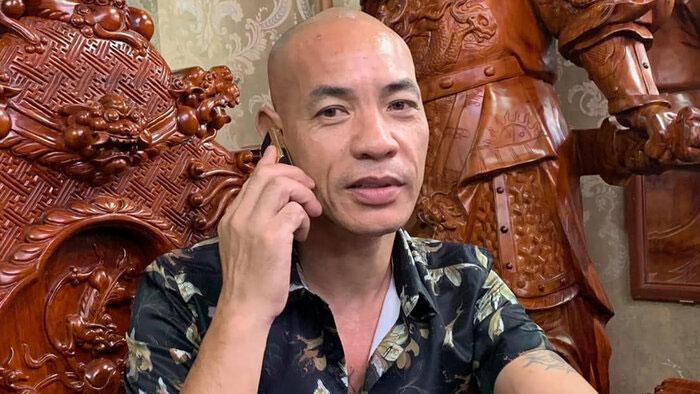 Dũng 'trọc': Cha nuôi của Khá 'Bảnh', thầy của Huấn 'Hoa Hồng' là người như thế nào?