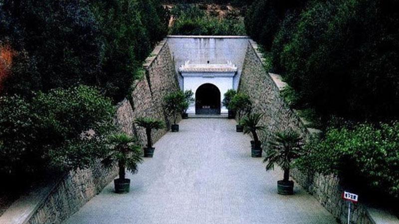 'Thành phố kho báu' dưới lòng đất: 600 năm còn nguyên vẹn nhờ cạm bẫy độc đáo, mộ tặc phải tránh xa
