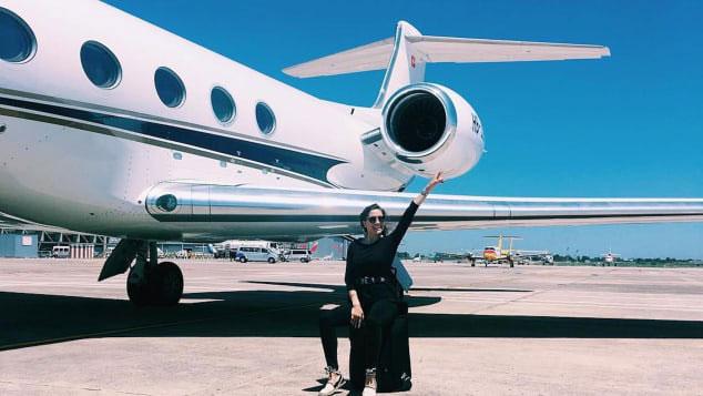 Tiếp viên hàng không cho giới siêu giàu: Bay cùng… xác chết, bồn cầu hàng hiệu, nhận lương vài trăm USD/ngày