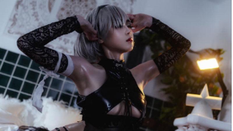 Ngây ngất ngắm phiên bản cosplay 2B - nữ nhân vật sexy bậc nhất thế giới game