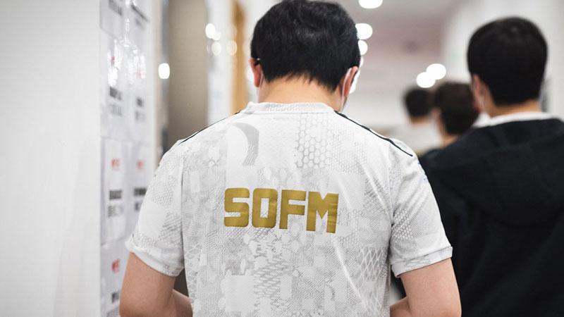 Ngó lơ SofM, báo nước ngoài chọn thần rừng châu Âu vào đội hình tiêu biểu vòng bảng CKTG 2020