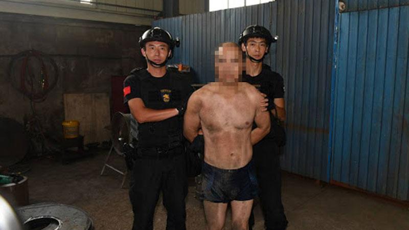 Bị bắt vì trộm 1 giỏ trứng gà, tên trộm vô tình hé mở manh mối của loạt tội ác 19 năm trước khiến nhiều người thương vong