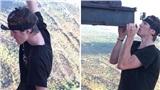 'Đứng tim' trước cảnh anh chàng liều mạng treo mình lơ lửng bằng một tay ở độ cao 340 m
