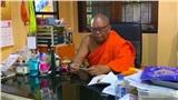 Trúng số 13,5 tỷ, sư thầy phải bỏ sang chùa khác đi tu vì dân lũ lượt đến xin tiền
