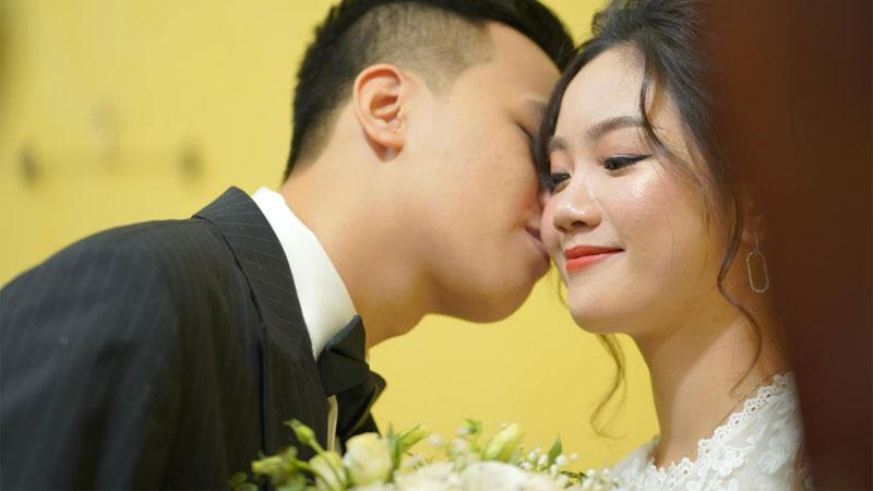Độc quyền: Thần đồng Chim Sẻ Đi Nắng chính thức 'chui hốc' thành công, rạng rỡ trong ngày cưới của mình