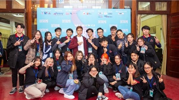 Bomman và loạt nhân vật nổi tiếng làng game tham dự talkshow về eSports tại ĐH Kinh tế Quốc dân