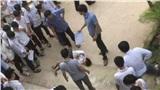 Nam sinh lớp 10 Thanh Hóa nhảy từ tầng 2 rơi xuống sân trường