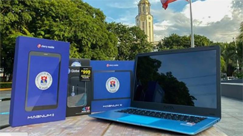Thành phố Manila chi hơn 20 triệu đô mua laptop và máy tính bảng cho giáo viên, sinh viên học trực tuyến