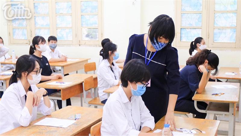 Lần đầu tiên Bộ GD-ĐT công khai kết quả đối sánh điểm học bạ và điểm thi tốt nghiệp THPT