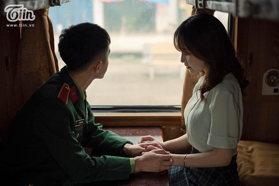 Chuyện tình 'yêu chàng quân nhân' gây sốt: 'Thương em bằng con tim người lính, tình trong ngực và đất nước trên vai' 5