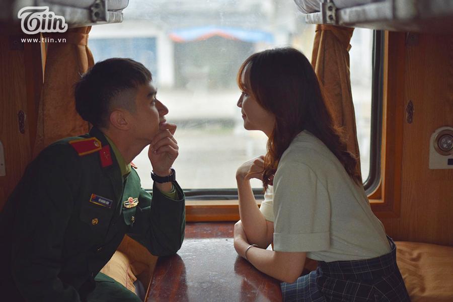 Chuyện tình 'yêu chàng quân nhân' gây sốt: 'Thương em bằng con tim người lính, tình trong ngực và đất nước trên vai' 3