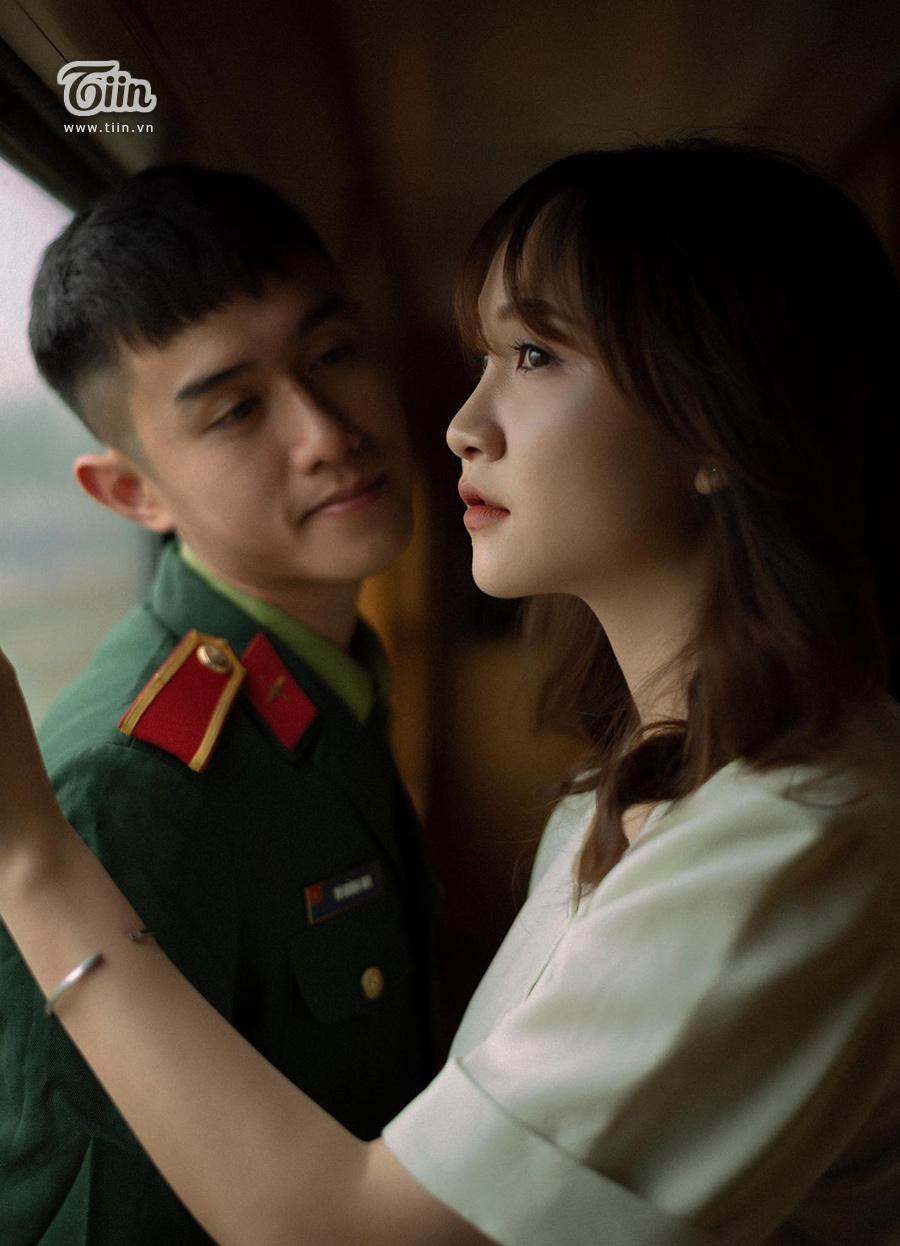 Chuyện tình 'yêu chàng quân nhân' gây sốt: 'Thương em bằng con tim người lính, tình trong ngực và đất nước trên vai' 4