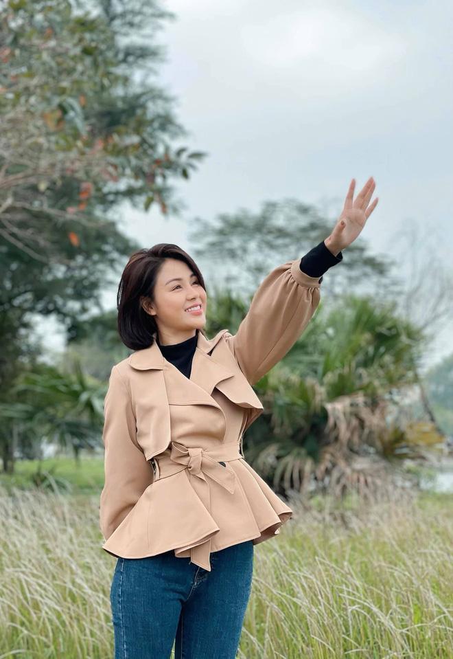 Mệt mỏi chẳng kém gì Châu (Hồng Diễm), Minh (Lương Thu Trang) 'xin' một ngày để yêu thương 1