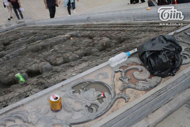 Thêm những hình ảnh chùa Tam Chúc đông nghẹt thở, người đi để lại rác thải khắp nơi, Sở Văn hóa Hà Nam chỉ đạo nóng về an toàn phòng dịch Covid-19 9