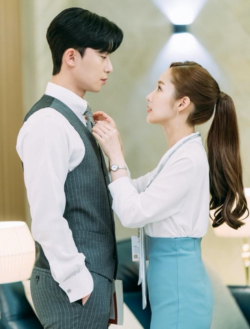 HOT: Cặp đôi 'Thư ký Kim' Park Seo Joon và Park Min Young lộ bằng chứng hẹn hò 4