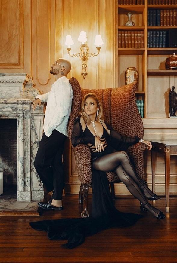 Jennifer Lopez cũng mặc đồ CONG TRI trong MV Pita/ Lonely 2020.