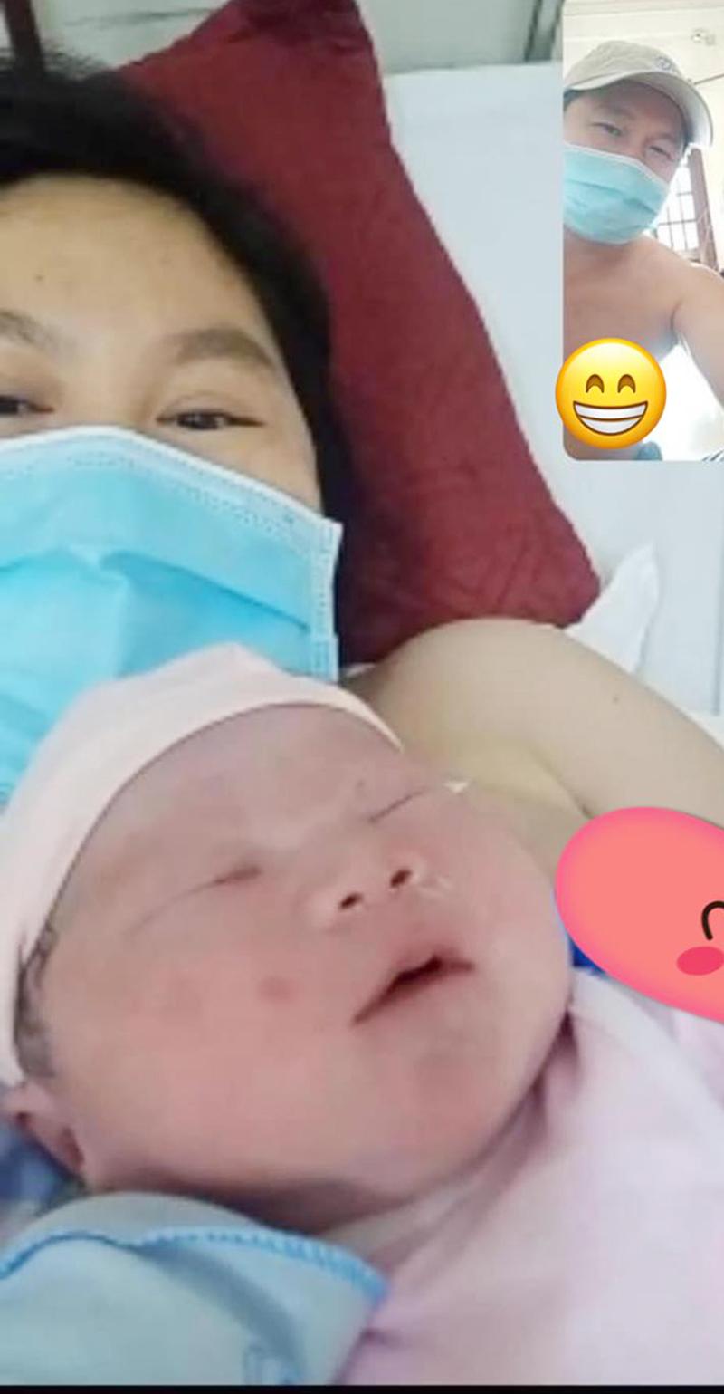 Sản phụ Hoàng Anh và bé gái 3,7kg vừa chào đời