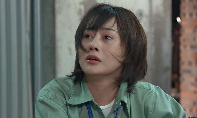 Phương Oanh 'bê nguyên mình' vào phim 'Hương vị tình thân' 0