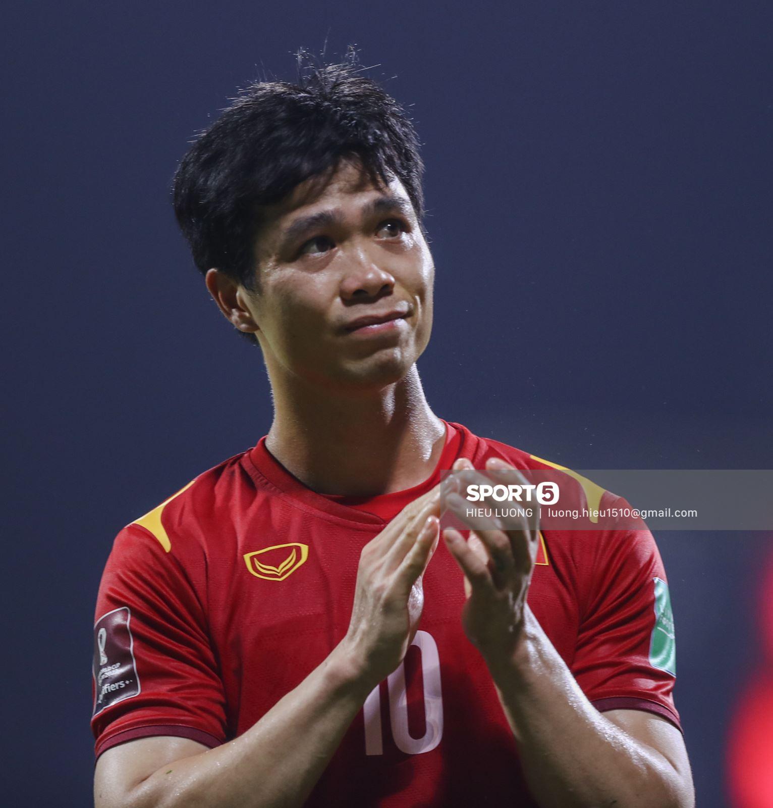Top khoảnh khắc đẹp trong trận Việt Nam - UAE: Phản ứng Minh Vương khiến tất cả xúc động 11