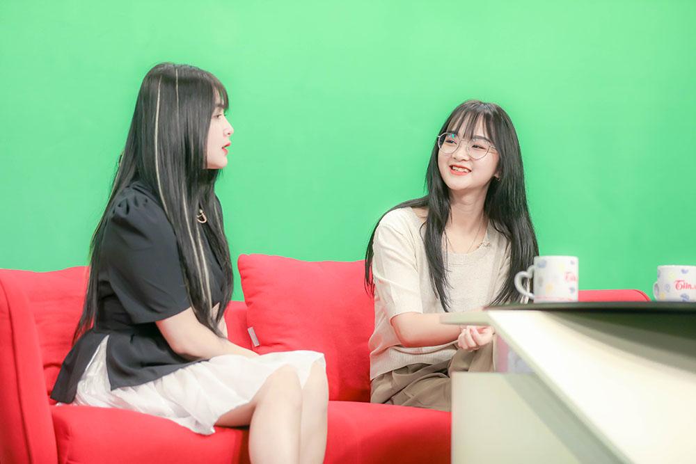 Gấm Kami và Quỳnh Alee tham gia talkshow 'Một lần kể hết'