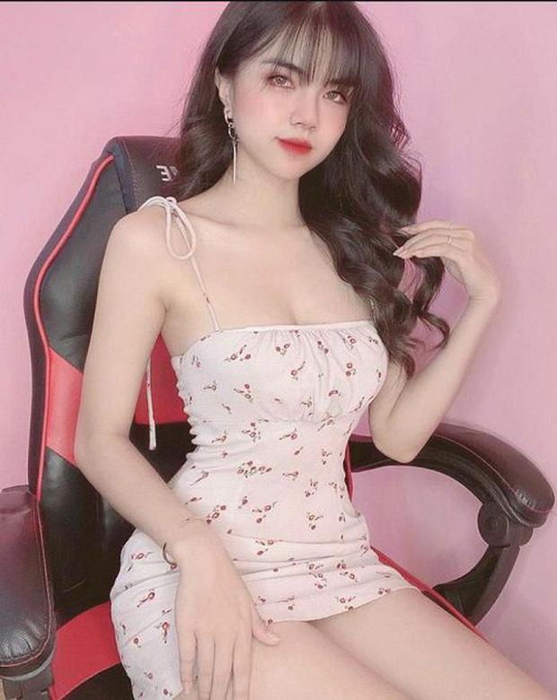 Nữ streamer sexy nhất làng game Việt tiết lộ lý do mãi chưa có người yêu 0