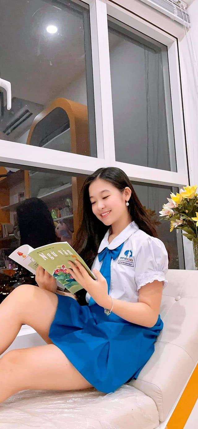 Cô bé Hoa khôi nhí Tây đô 13 tuổi mua chung cư cao cấp cả tỷ đồng ở Sài Gòn tặng mẹ 1