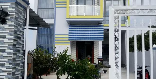 Cận cảnh nhà mới xây của Hoài Lâm tại Vĩnh Long, cách nhà vợ Vân Quang Long 400 mét 2